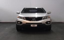 KIA SORENTO EX 2012 45,800 kms.