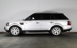 LAND ROVER RANGE ROVER SPORT 2008 135,000 kms.