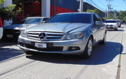 MERCEDES-BENZ C 180 CGI 2011 131,000 kms.