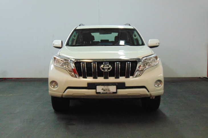 TOYOTA LAND CRUISER PRADO 2016 45,500 kms.
