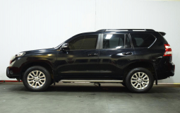 TOYOTA LAND CRUISER PRADO 2016 98,500 kms.