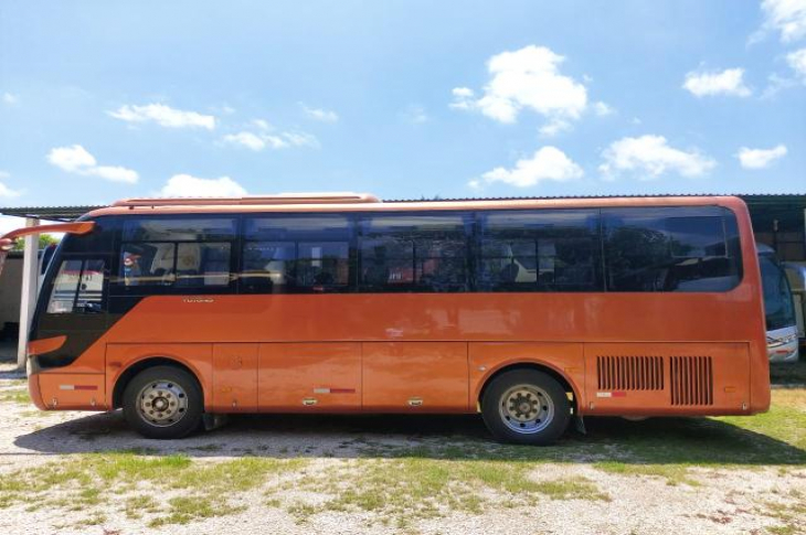 YUTONG ZK6858H9 2015 116,500 kms.